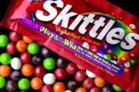 For the people of TH who ♥ Skittles...and can't get enough of the rainbow!